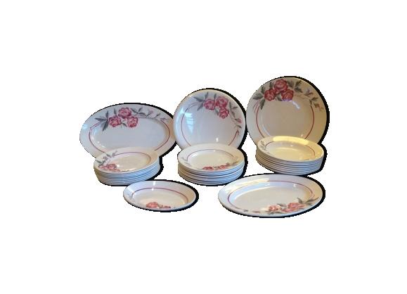 Service de 29 pieces sarreguemines décor rosy années 50-60