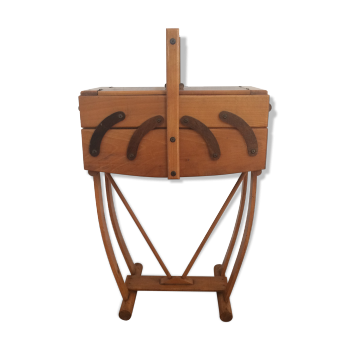 Travailleuse couturi re vintage d 39 occasion for Couturiere en bois