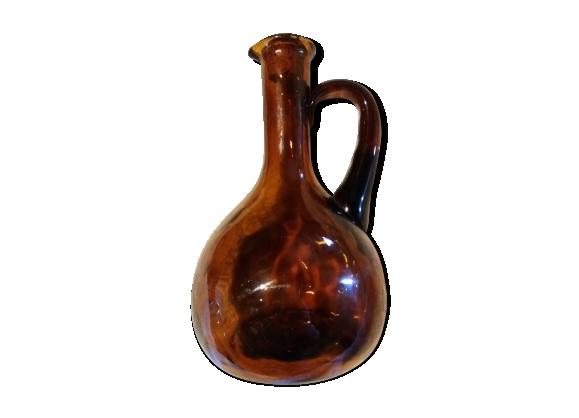 Pichet en verre soufflé ambré