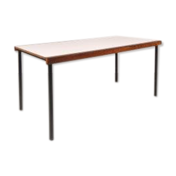 Table de salle manger blanche en weng bois mat riau for Table salle a manger wenge