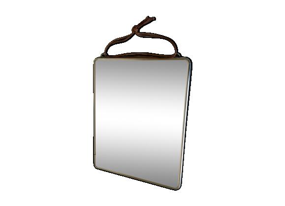 Miroir de babier biseaut attache en cuir brut verre et for Attache miroir