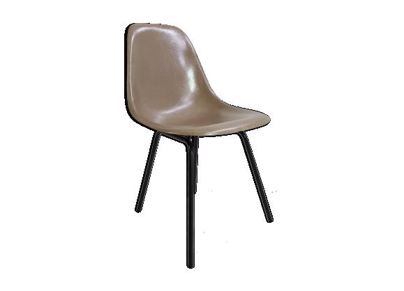 chaise eames 1970 fibre de verre gris bon tat design a1921ef177223be18f8e37fb97726525. Black Bedroom Furniture Sets. Home Design Ideas