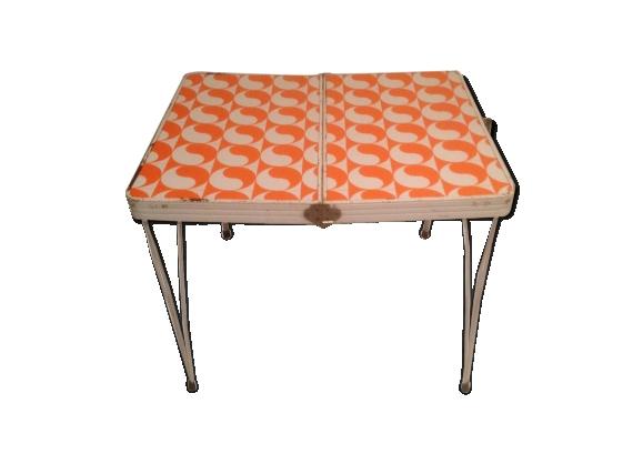table basse pliante. Black Bedroom Furniture Sets. Home Design Ideas