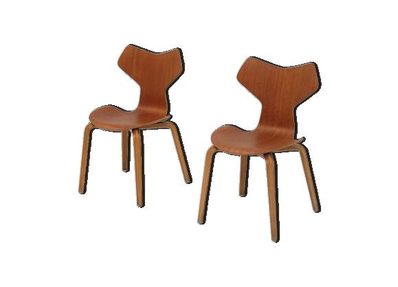 chaise arne jacobsen. Black Bedroom Furniture Sets. Home Design Ideas