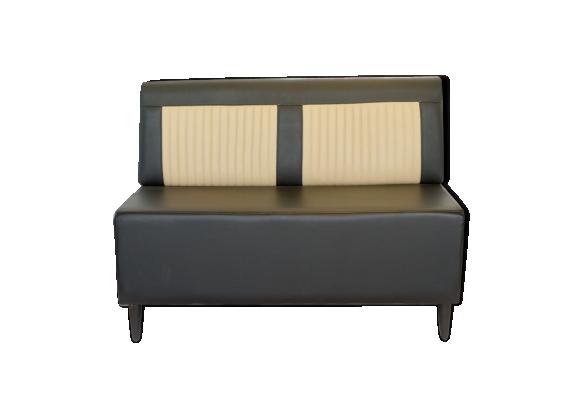 banquette mustang en cuir noir perfor et c tes verticales beige cuir noir bon tat. Black Bedroom Furniture Sets. Home Design Ideas