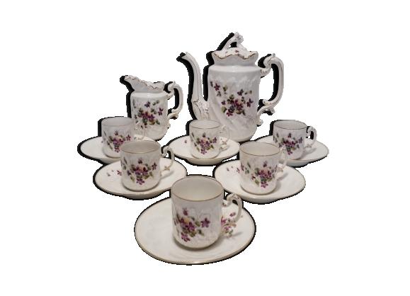 Service à café en porcelaine ' aux lions de faïence ', 19ème siècle.