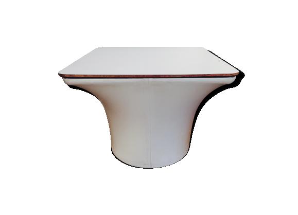 lot de 2 tables basses pierre paulin mushroom artifort ska blanc bon tat vintage. Black Bedroom Furniture Sets. Home Design Ideas