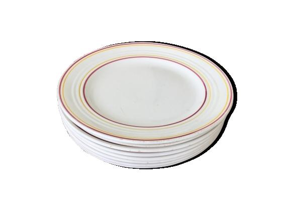 Suite de 8 assiettes semi porcelaine Ceranord