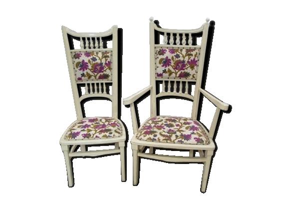 Fauteuil et chaise assortis