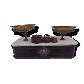 ancienne balance d 39 picier lutrana vertical fonte argent couleur dans son jus vintage. Black Bedroom Furniture Sets. Home Design Ideas