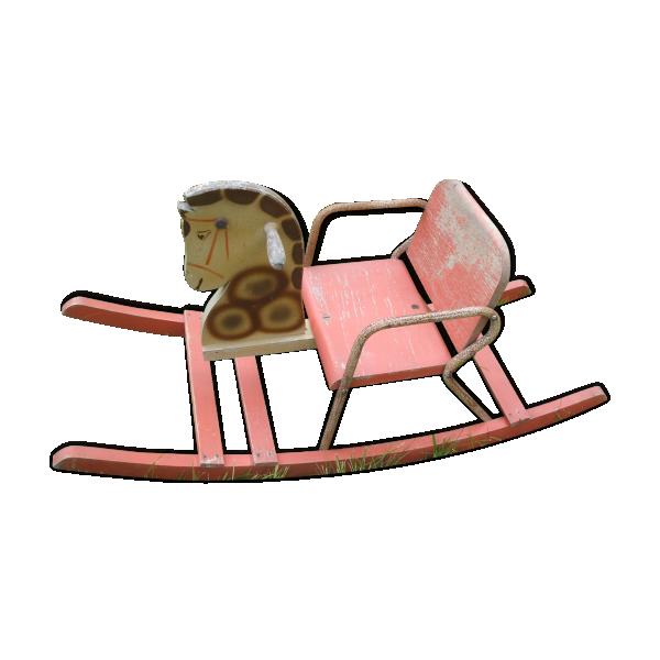 cheval bascule ancien ann es 50 60 bois mat riau rose dans son jus vintage. Black Bedroom Furniture Sets. Home Design Ideas