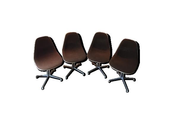 Série de 4 chaises La Fonda par Charles et Ray Eames, tissus marron chocolat à bouclettes 1960