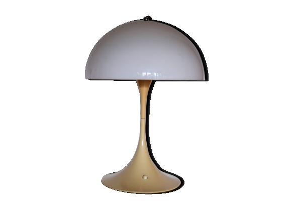 lampe de table 39 panthella 39 louis poulsen verner panton le fait main. Black Bedroom Furniture Sets. Home Design Ideas