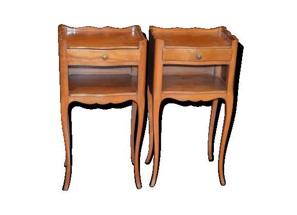tables de chevet en merisier bois mat riau marron bon tat classique. Black Bedroom Furniture Sets. Home Design Ideas