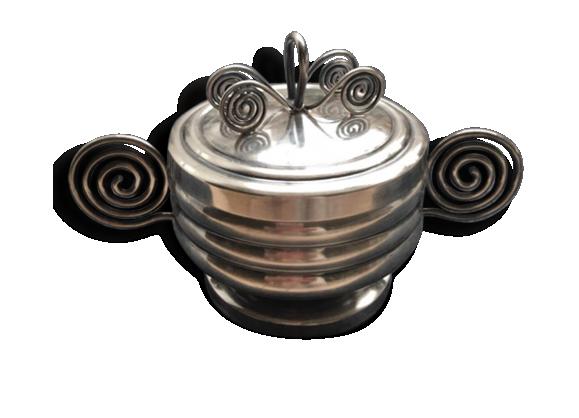 Sucrier ou pot a confiture, Art Déco,  décoré en spirale Celtique, silver plate, marqué.
