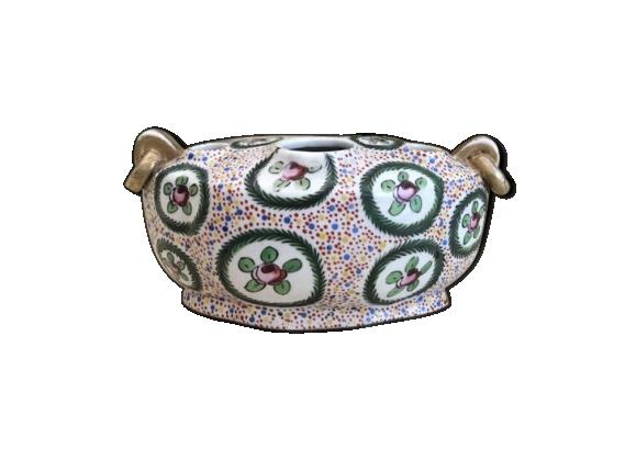 Pique-fleur en porcelaine