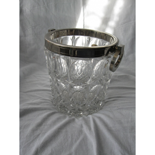 seau glace champagne en cristal verre et cristal transparent dans son jus vintage. Black Bedroom Furniture Sets. Home Design Ideas