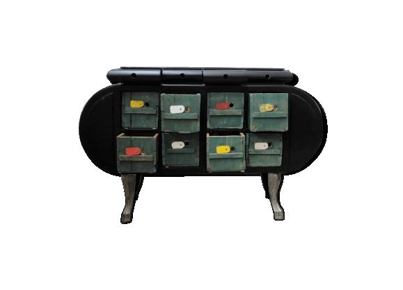 Funky vintage drawer buffet