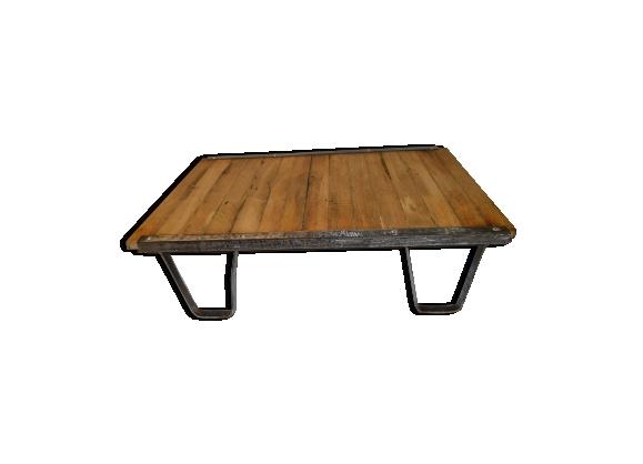 Palette industrielle / table de salon en fer et bois