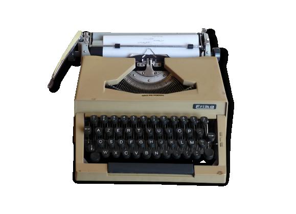 Machine à écrire ERIKA dans sa valise (collection) vintage // Magic'Puce
