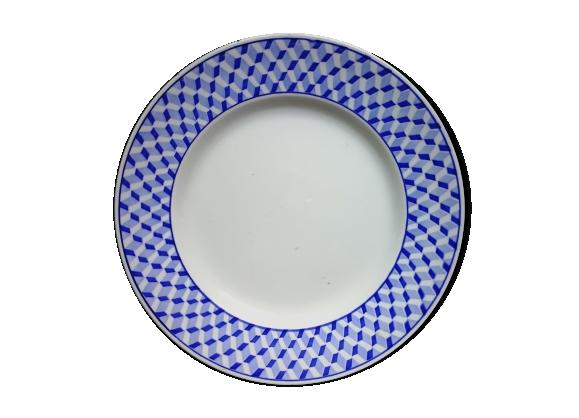 Assiette en faience de Sarreguemines