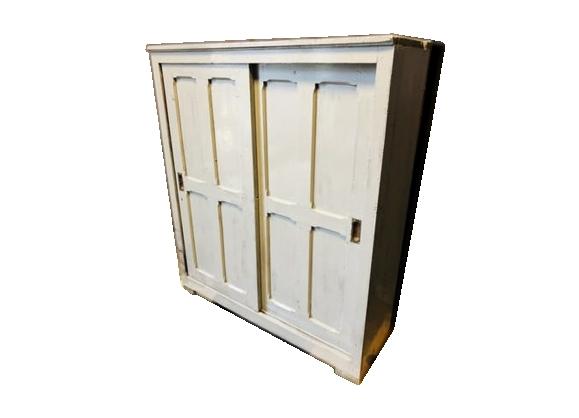 Meuble d'atelier avec portes coulissantes