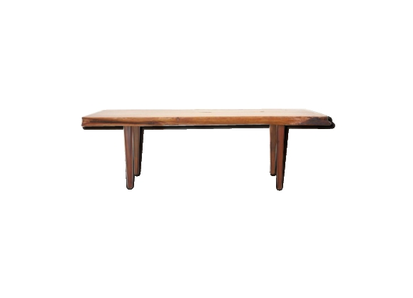 Table basse en bois massif de Reynolds of Ludlow