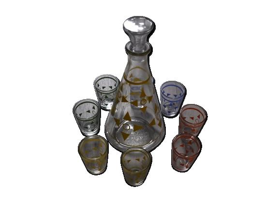 Carafe avec verres assortis