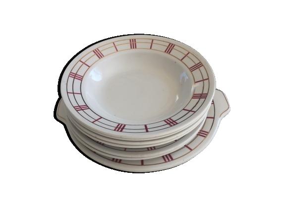 Lot de 7 pièces en semi porcelaine orcerame sérierichelieu\