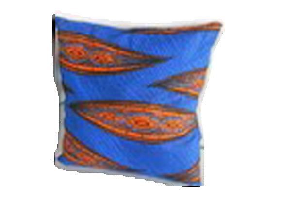 housse pour coussin 50 x 50 cm tissu wax tissu bleu bon tat design. Black Bedroom Furniture Sets. Home Design Ideas
