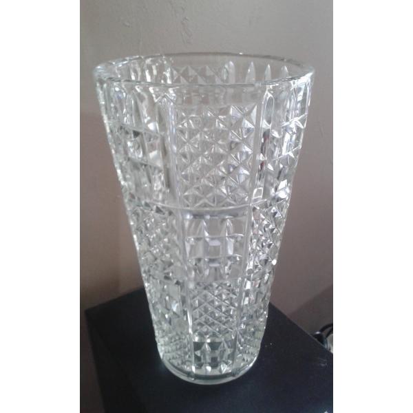 magnifique vase en verre cisel verre et cristal transparent bon tat vintage 26516. Black Bedroom Furniture Sets. Home Design Ideas