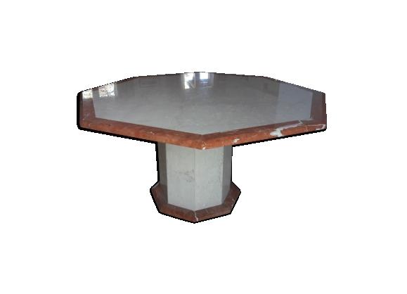 Table octogonale en marbre