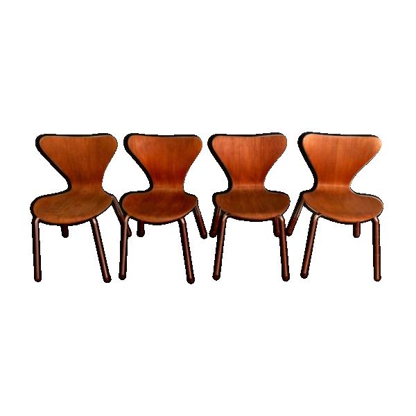 Lot de 4 chaises arne jacobsen bois mat riau bois for Chaise de salle a manger trackid sp 006