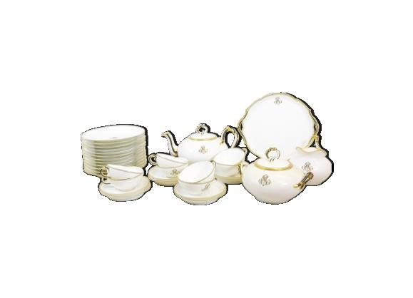 Service de porcelaine Jean Pouyat Limoges 32 pièces