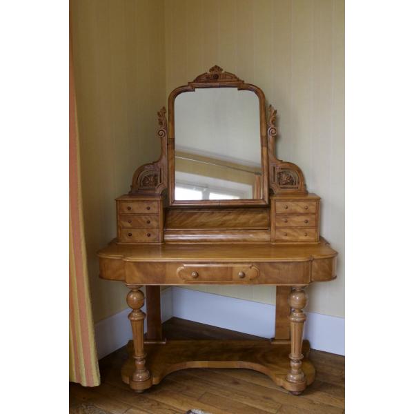 coiffeuse anglaise en citronnier bois mat riau bois couleur bon tat classique. Black Bedroom Furniture Sets. Home Design Ideas