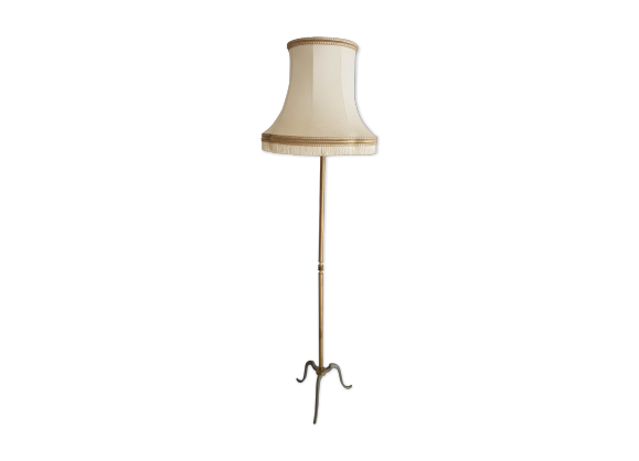 lampadaire en bronze dor style louis xvi avec abat jour. Black Bedroom Furniture Sets. Home Design Ideas