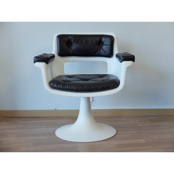 fauteuil pied tulipe par a jacob pour grosfillex 1970s plastique blanc bon tat. Black Bedroom Furniture Sets. Home Design Ideas