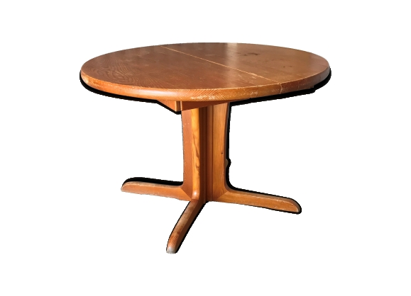 Table ronde ovale 1970