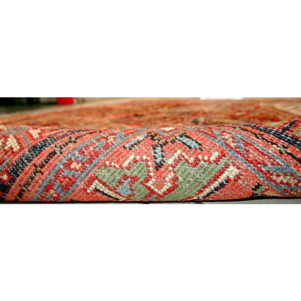 tapis persan heriz fait main tissu rouge dans son jus vintage. Black Bedroom Furniture Sets. Home Design Ideas