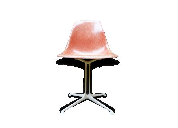 chaise eames la fonda herman miller - fibre de verre - rose - bon ... - Chaise Eames Fibre De Verre