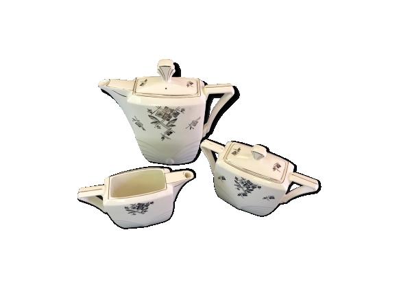 Service à thé en porcelaine blanche