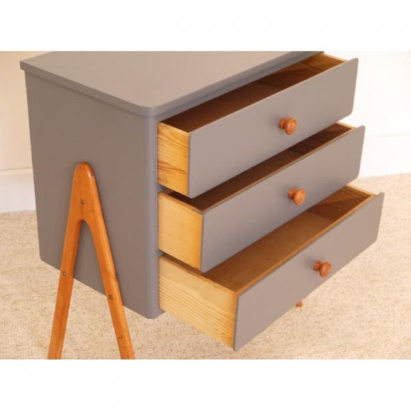 petite commode vintage pieds compas bois mat riau gris bon tat scandinave. Black Bedroom Furniture Sets. Home Design Ideas