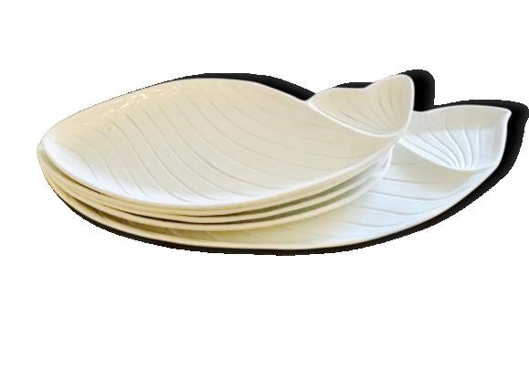 Nove di Bassano, set de plat et 4 assiettes a poisson et sauce. 1960, blanc. Céramique.
