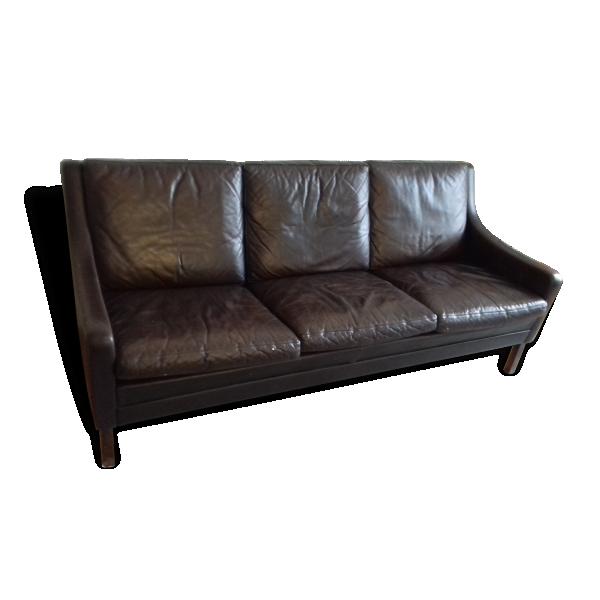 Canap scandinave en cuir 1960 cuir marron dans son for Entretenir son canape en cuir