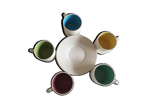 Service tasses à café salins fin des années 60 blanc doublé couleurs