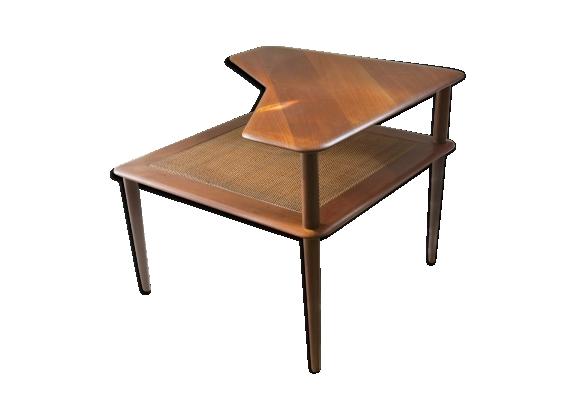 Table basse scandinave modèle 'minerva' de Peter Hvidt et Orla Molgaard- Nielsen.