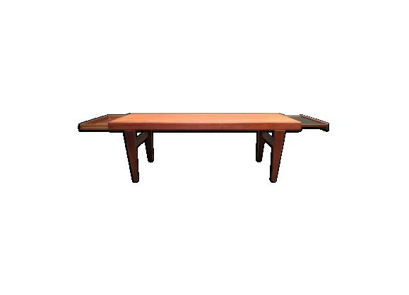 Elégante table basse teck design scandinave