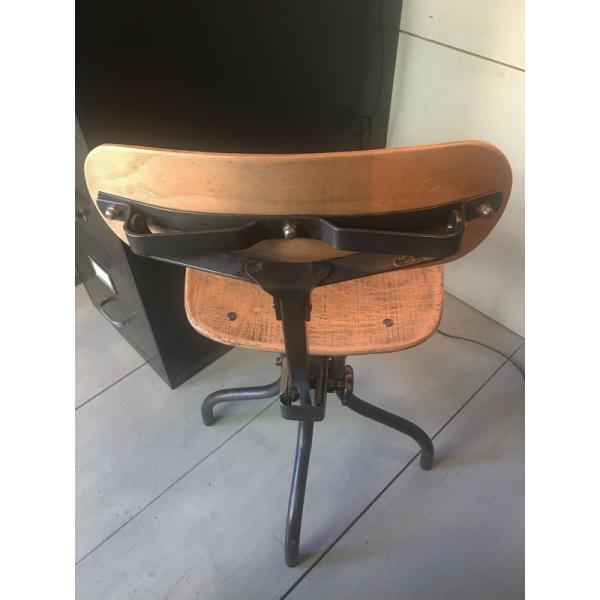 chaise d 39 atelier ann es 30 m tal gris dans son jus industriel. Black Bedroom Furniture Sets. Home Design Ideas