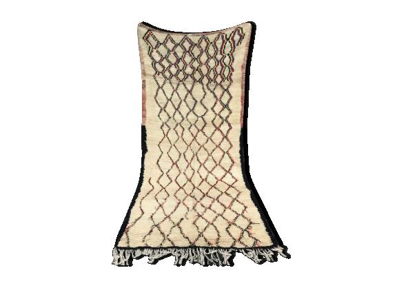 tapis berb re beni ouarain 307x147 cm tissu multicolore bon tat thnique. Black Bedroom Furniture Sets. Home Design Ideas