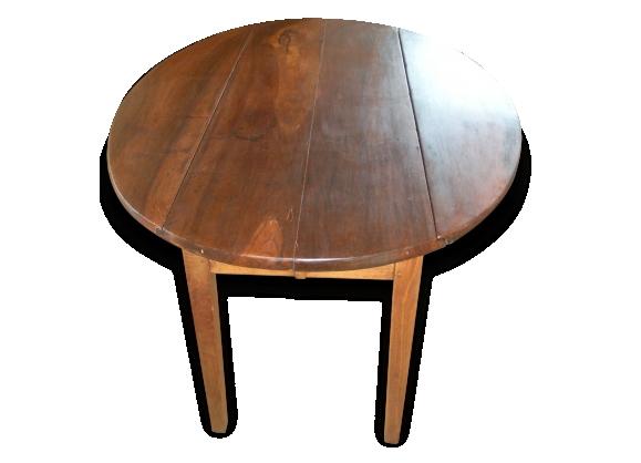 Table ovale en noyer